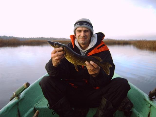 рыболовы огромный новгород